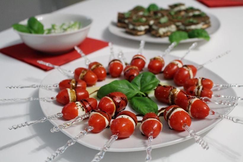 Tomate-Mozzarella-Stics