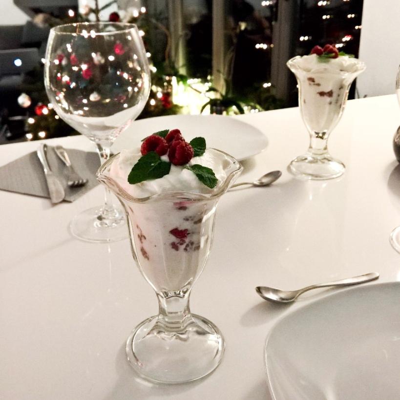Himbeer-Sahne-Joghurt